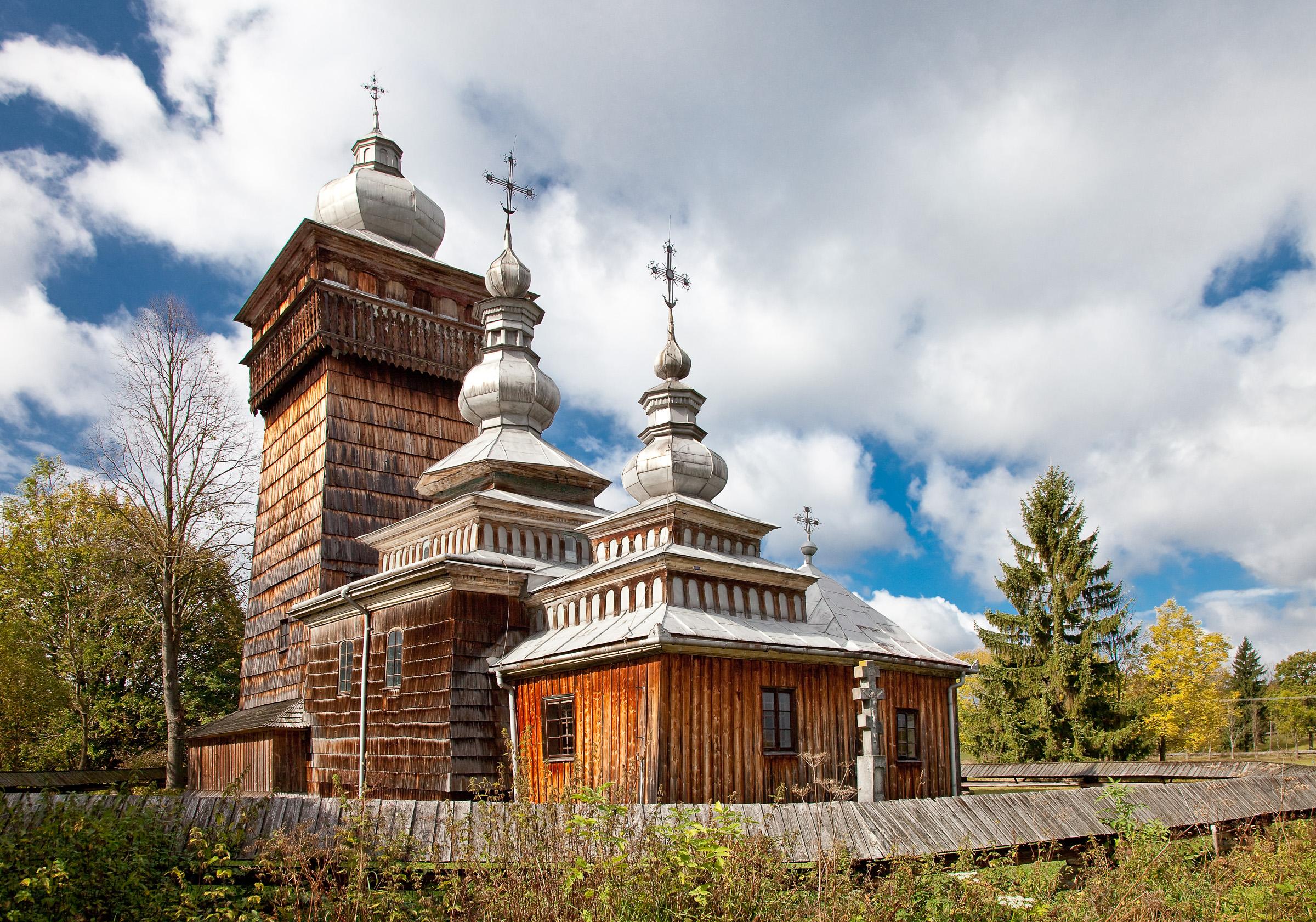 Świątkowa Wielka. Drewniana cerkiew greckokatolicka pw. św. Michała Archanioła z 1757 r. fot. Krzysztof Zajączkowski